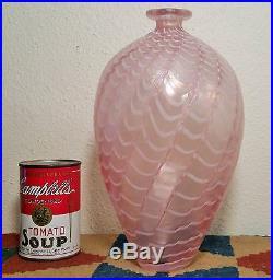 10 LARGE PINK kosta boda iridescent swirl art glass vase b vallien scan design