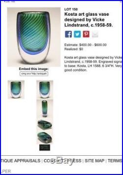 1950s Vicke Lindstrand Kosta Art Glass Vase. Signed