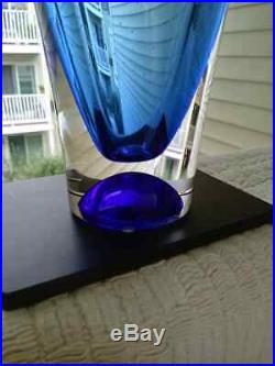 Brand New Zoom VASE Goran Warff for Kosta Boda in Box Blue Controlled Bubbles