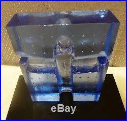 KOSTA BODA Art Glass Sculpture BLUE WOMAN By Bertil Vallien #7090409 with BASE