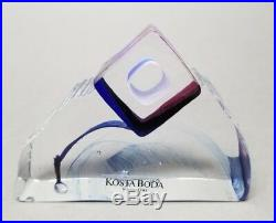 KOSTA BODA SWEDEN IN THE STONE DESIGNED BY BERTIL VALLIEN with Box READ