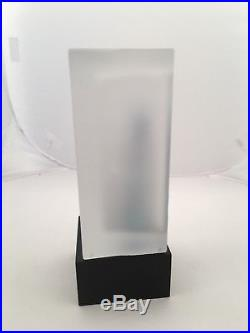 Kosta Boda Fully Signed K. Engman 7090427 Sculpture Catwalk Collection Ex Cond