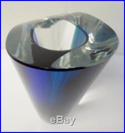 Modern Art Glass Kosta Boda Goran Warff 49809 Blue Clear Flower Vase