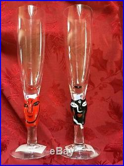 NEW FLAWLESS Exquisite KOSTA BODA 2 Crystal OPEN MINDS Champagne GLASSES FLUTES