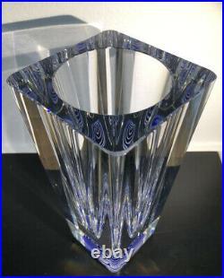RARE Signed BERTIL VALLIEN KOSTA BODA Sweden Thick Wall Glass Vase Blue, H 8